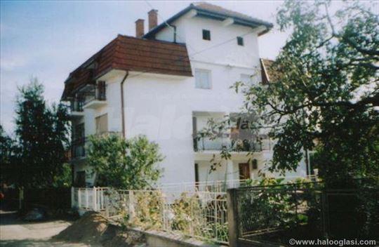 Izdajem kucu u Leskovcu