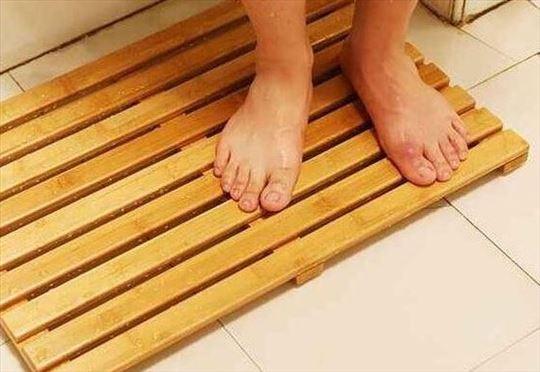Drvene podloge za kupatila i tuš kabine