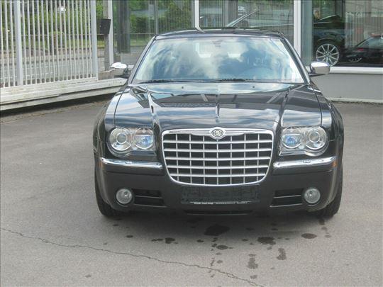 Chrysler 300c DELOVI