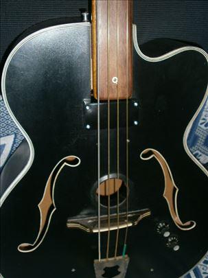 Akustična bas gitara