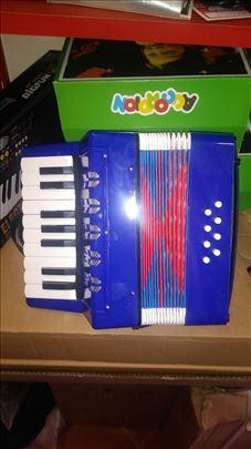 Harmonike - dečiji modeli - 8 basova - pravi zvuk