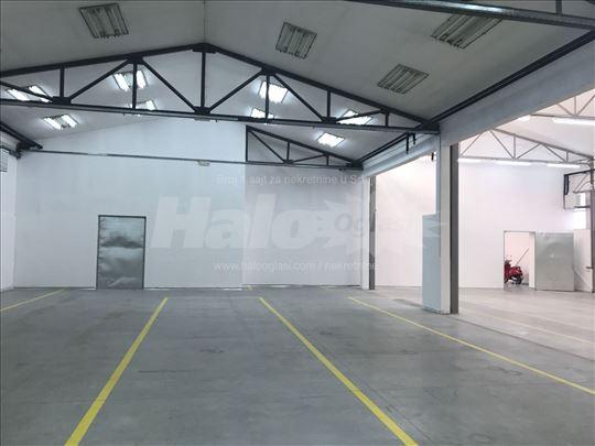 Magacini lekova 650 m2 i IT kancelarije Cukarica