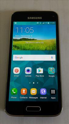 Samsung GAlaxy S5 G800F, izuzetno stanje