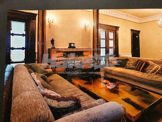 Skupština, 5,0, luksuzan salonac sam na spratu, ko