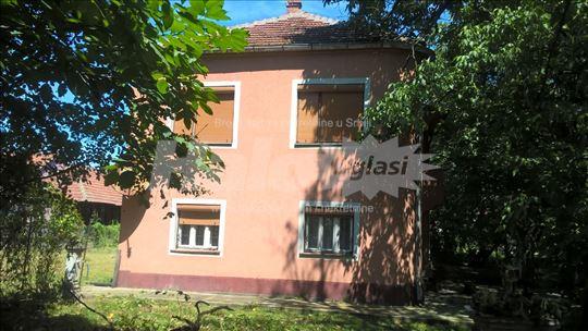 Prodajem kuću u Stalaću