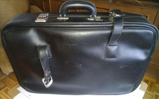 Kožni kofer