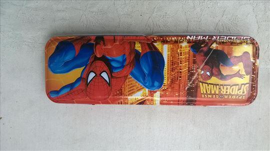 Pernica Spider-man metal,20 x 6,5 cm.