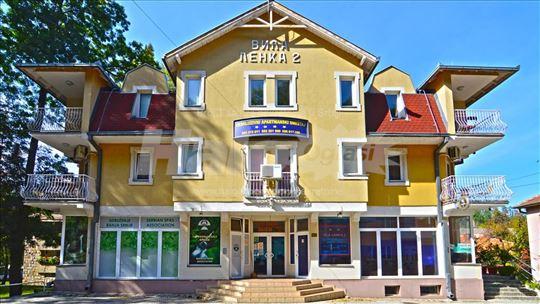 8 opremljenih apartmana u centru Vrnjačke Banje