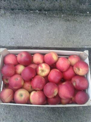 Prodajem jabuke
