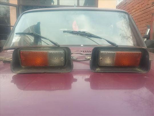 Prednji zmigavci Lada 2121 Niva