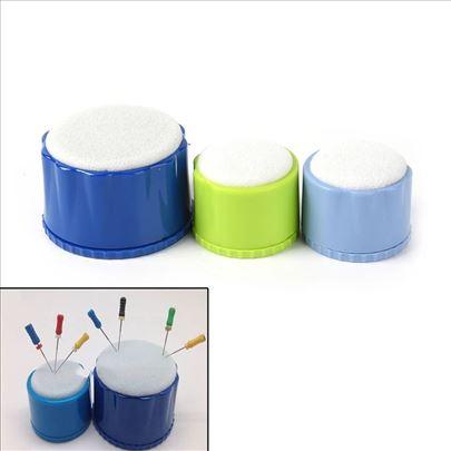 Kutijica za odlaganje i čišćenje endo iglica