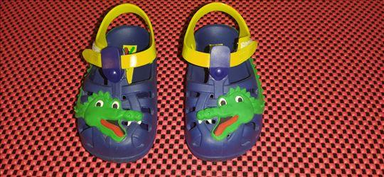 Ipanema gumene sandale br 21