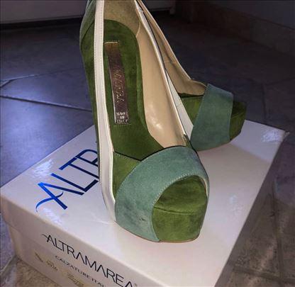Ženske cipele sa potpeticom