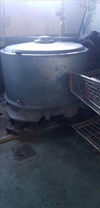 Velika industrijska centrifuga