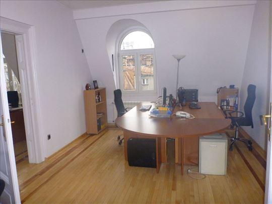 Gornji Dorćol, poslovni prostor pov. 220 m2