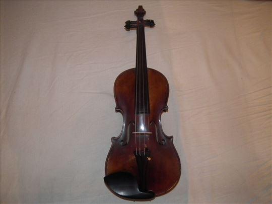 Majstorska violina u odličnom stanju (1930 godina)