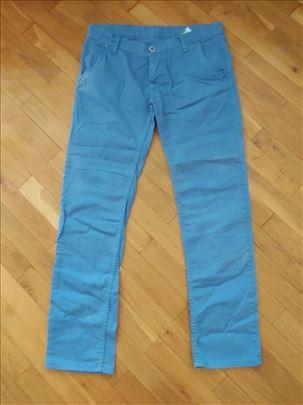 Pantalone MARIO CAVALLINI plave boje, br. 36