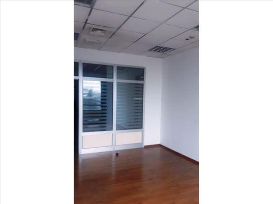 Moderan poslovni prostor na Novom Beogradu 420 m2