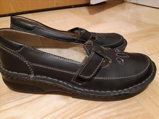 Kozne crne cipele 38