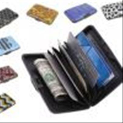 Moderan aluminijumski novčanik za dokumenta