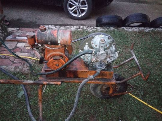 Pumpa sa motorom