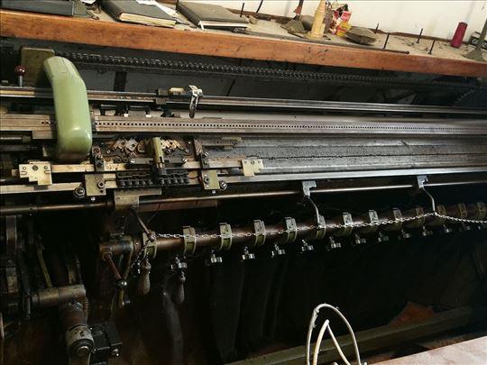 Prodajem mašinu za štrikanje Kiel