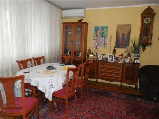 Odličan stan na Novom Beogradu