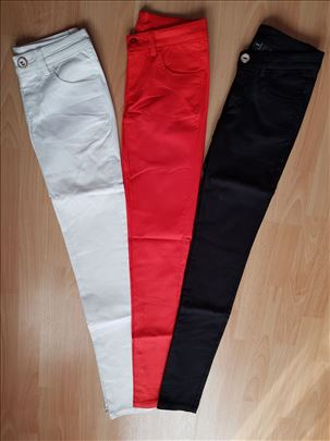 Zenske pantalone NOVO