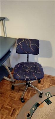 Stolica za radni sto