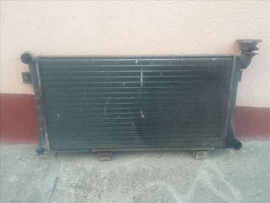 Hladnjak-Lada-Niva-21213-karburator