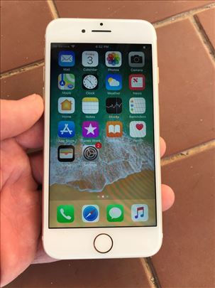 iPhone 7 Gold 32 GB Polovan
