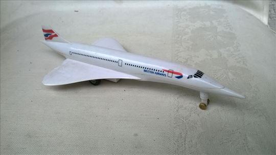 Avion Concorde , 20 cm. sa zvukom poletanja i frik