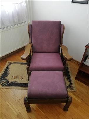Fotelja i Tabure