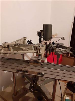 Pantograf gravograf , sa dodatnom opremom, šabloni