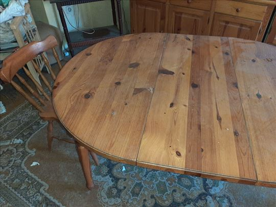 trepezarijski sto sa 4 stolice