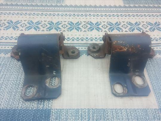 Sarke prednje haube Lada 2121,21213,21214 Niva