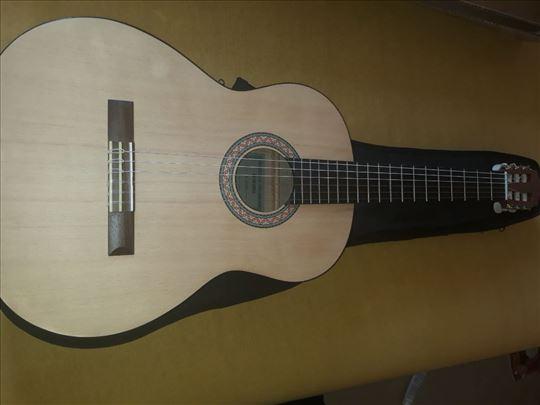 Gitara Yamaha C30M