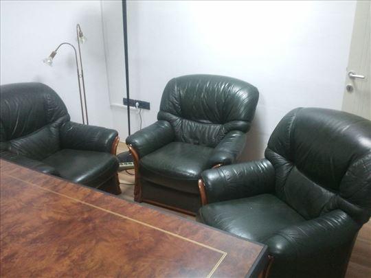 Kozna garnitura, trosed i 3 fotelje italijanska