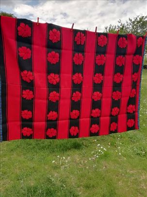 Ručno tkan ćilim