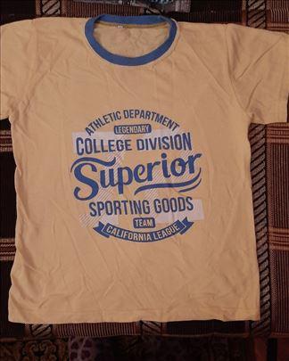 Povoljno prodajem majice za dečake