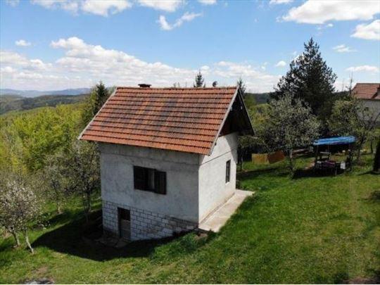 Prodaje se kuća za odmor,90m2,Jabuka,Prijepolje
