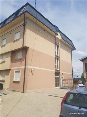 """ZEMUN, kod """"Tempa"""", hotel, 1200+10a, parking"""