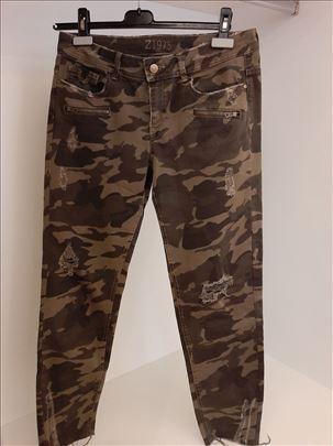 ZARA vojnicke pantalone