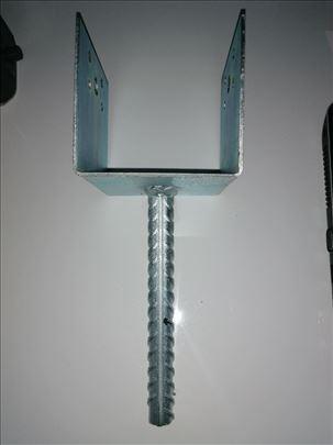 Nosač stubova 10x10 cm sa ankerom Fi 16 mm, novo