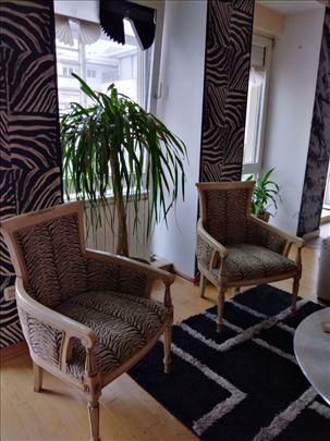 Barske stolice od bambusa. Stilske fotelje