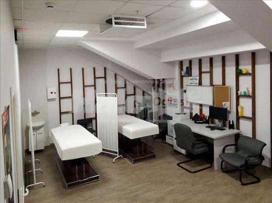 Kompletno opremljena ambulanta za fizioterapiju