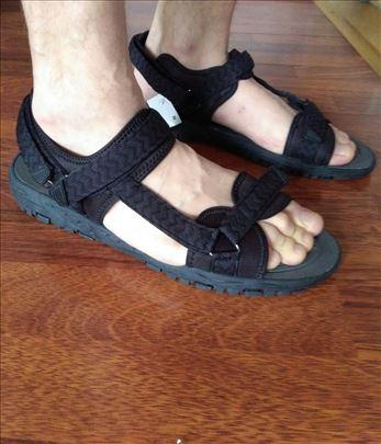 Sandale Crivit dužina gazišta 28 cm,broj 44 nove