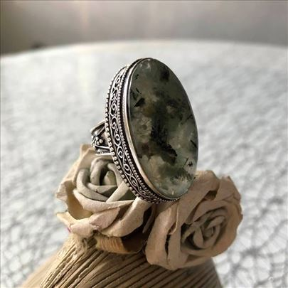 prsten PREHNIT