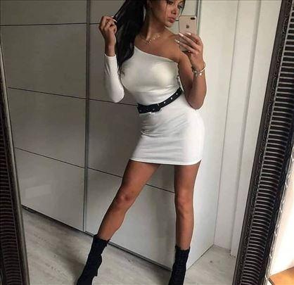 569) Prelepa haljina od skube VIŠE BOJA