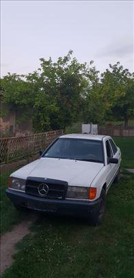 Mercedes 190 polovni delovi
